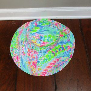 Lilly Pulitzer Accessories - Lilly Pulitzer GWP Catch the Wave Beach Hat Small